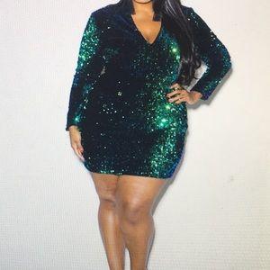 Plus Size Sparkling Sequin Mini Dress